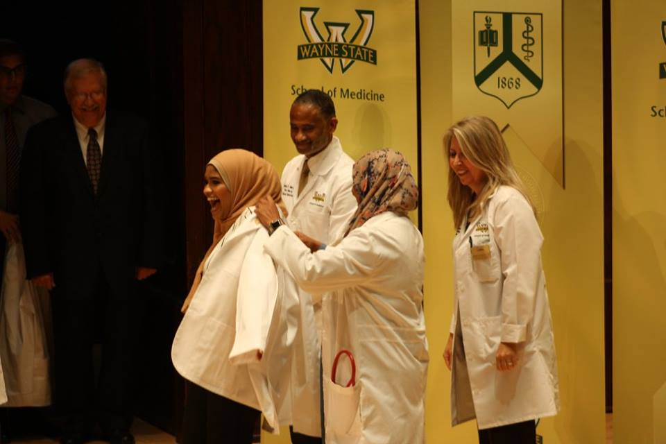 School of Medicine welcomes 290 new student doctors at Class of 2021's White Coat Ceremony