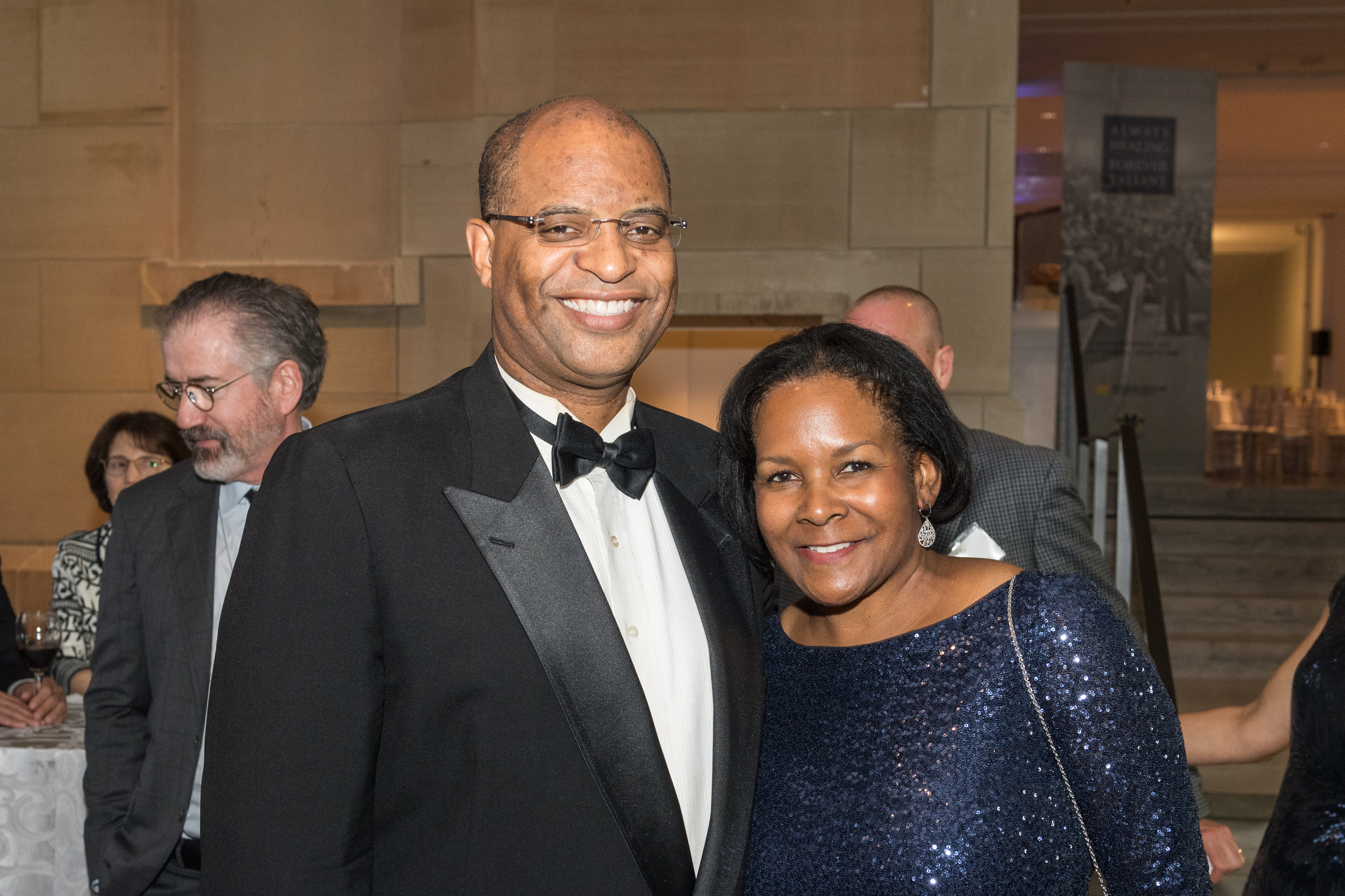 Removing barriers to leading-edge medical education, Dr. John and Mrs. Denise Carethers establish an endowed scholarship