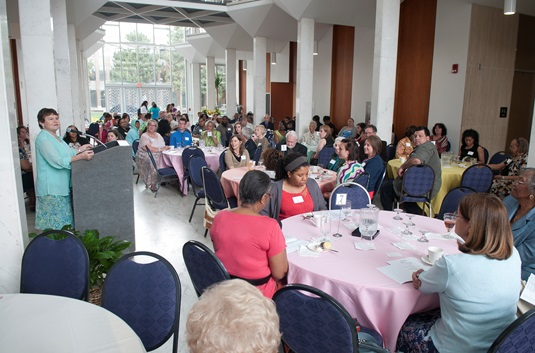 Donors and Recipients Celebrated at 2013-14 Scholarship Event