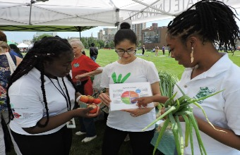 WSU's Community Health Pipeline prepares for food summit, delivers nutrition education citywide