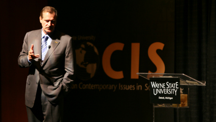 Former Mexico President Vicente Fox to speak at FOCIS' 10th anniversary event
